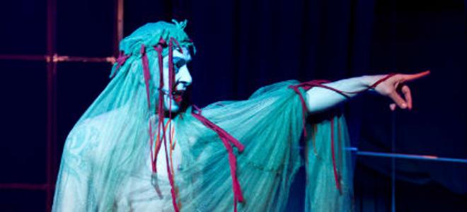 Ο Μέγας Αλέξανδρος έγινε... ροκ όπερα και ενθουσιάζει [βίντεο]