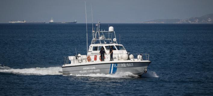 Βυθίστηκε αλιευτικό νότια του Σουνίου (Φωτογραφία: EUROKINISSI/ΓΙΩΡΓΟΣ ΚΟΝΤΑΡΙΝΗΣ)