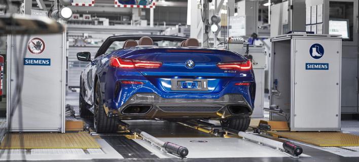 Eναρξη παραγωγής στο Dingolfing: Η πρώτη BMW Σειρά 8 Cabrio πέρασε από τη γραμμή παραγωγής