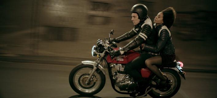 Σκηνή από την ταινία «Amerika Square» του Γιάννη Σακαρίδη.
