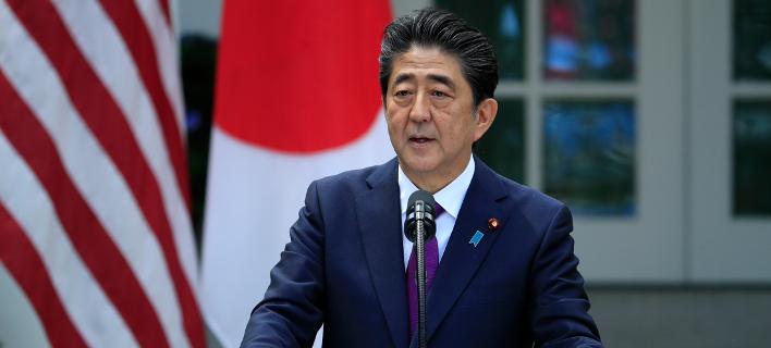 O Ιάπωνας πρωθυπουργός ματαίωσε την επίσκεψή του στις Βρυξέλλες λόγω της φονικής κακοκαιρίας που πλήττει τη χώρα του/Φωτογραφία:ΑΡ