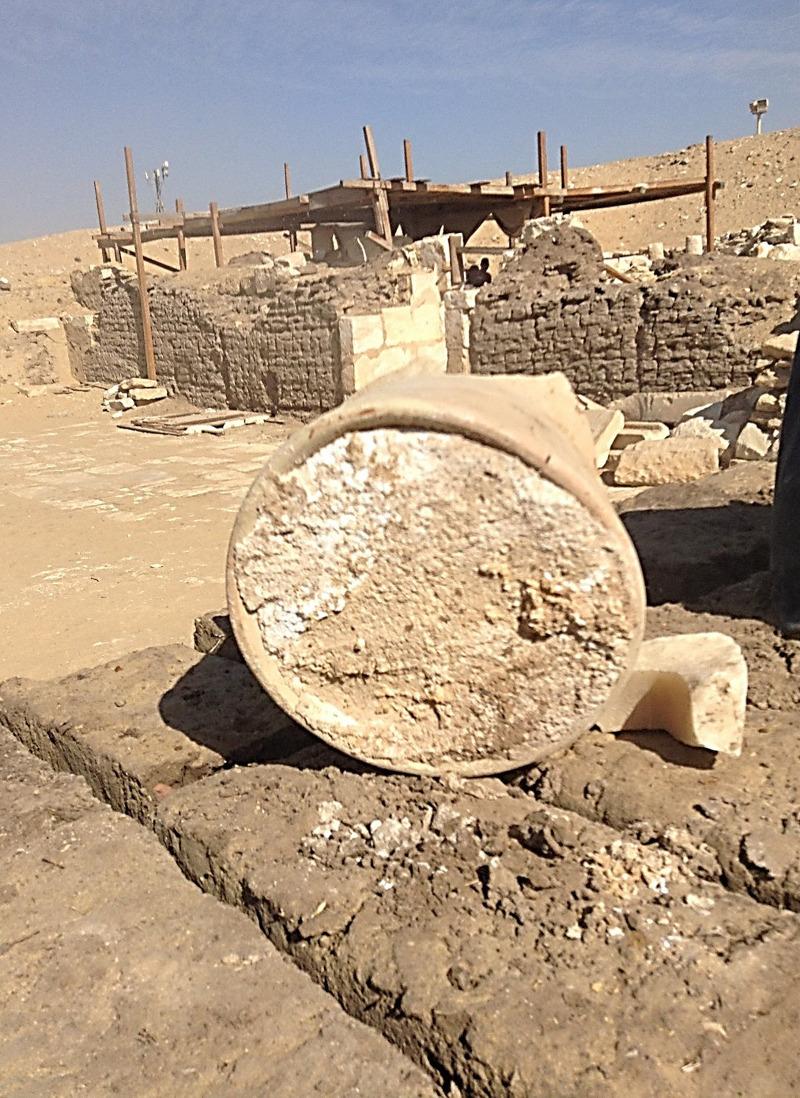 Το τυρί βρέθηκε τυλιγμένο με καμβά μέσα σε αγγείο στον τάφο ενός δημάρχου της Αιγύπτου