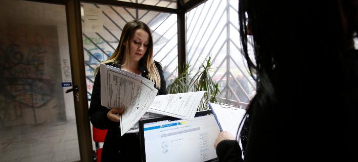 Μειώθηκαν οι εγγεγραμμένοι άνεργοι στον ΟΑΕΔ τον Μάρτιο/Φωτογραφία: Eurokinissi