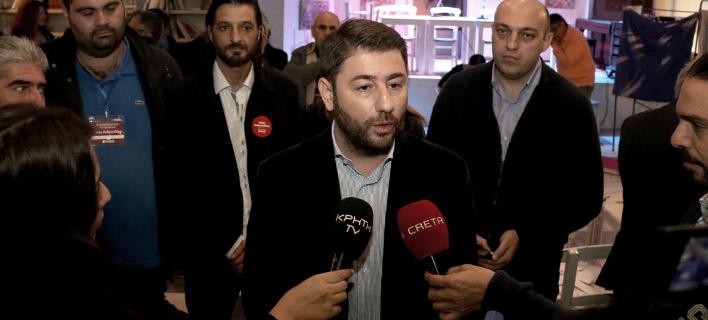 Ανδρουλάκης: Να κρατήσουμε αναμμένη τη φλόγα της ελπίδας [εικόνες & βίντεο]