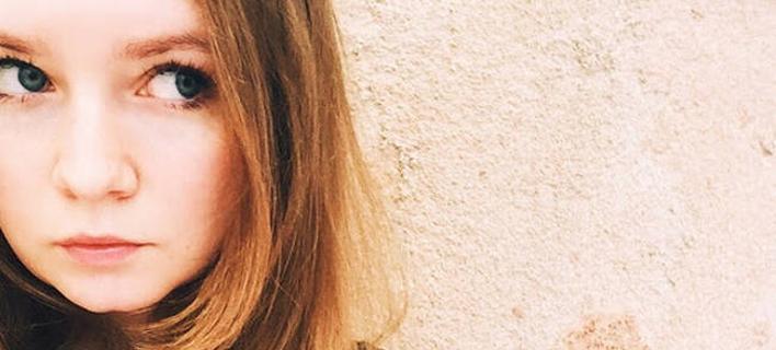 Αννα Ντελβέι: Η απίστευτη ιστορία της 26χρονης που εξαπάτησε την ελίτ της Ν. Υόρκης -Το έπαιζε «χρυσή» κληρονόμος [εικόνες]