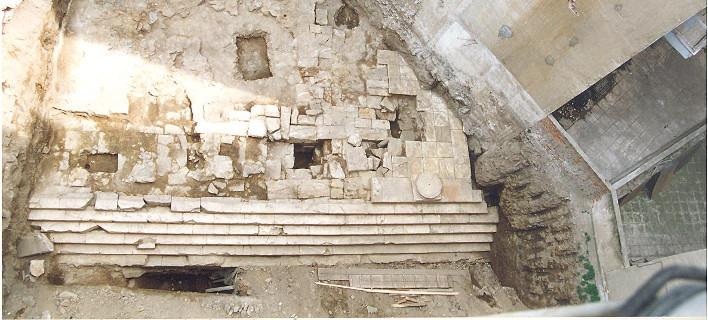 Αρχαιότητες σε οικόπεδο της Αντιγονιδών