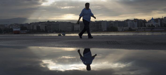 Ερευνα: Μαύρα σύννεφα βλέπει ο κλάδος των επιχειρήσεων -Η έξοδος από την κρίση είναι ακόμα μακριά