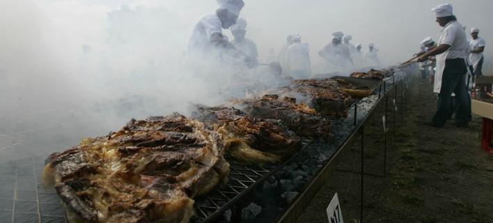 Δούλεψαν περισσότεροι από 100 μάγειρες, φωτογραφίες: AP images
