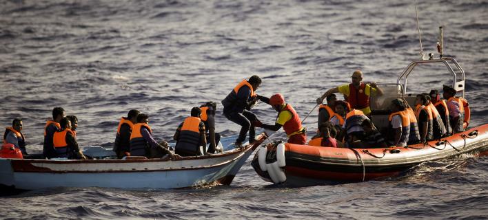 Εκατό μετανάστες διασώθηκαν, φωτογραφία: apimages