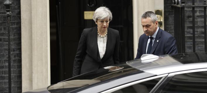 Εξαλλη η βρετανική κυβέρνηση με τις ΗΠΑ: Απαράδεκτες οι διαρροές από τις έρευνες για το Μάντσεστερ