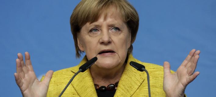 Υπέρ της διπλωματικής λύσης τάχθηκε ξανά η Μέρκελ (Φωτογραφία: AP/ Matthias Schrader)