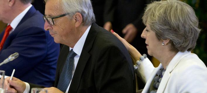 Γιούνκερ: Εχει σημειωθεί πρόοδος στις συνομιλίες για το Brexit, φωτογραφία: AP images