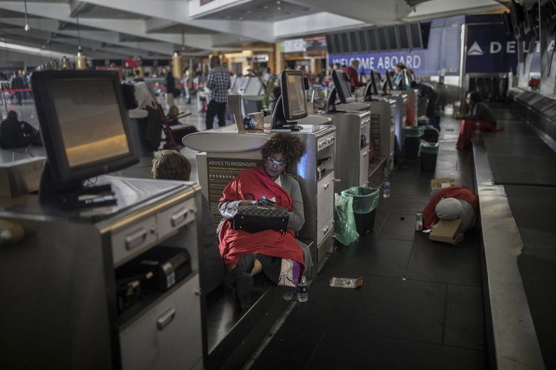 Αποτέλεσμα εικόνας για Το αεροδρόμιο της Ατλάντα έχει και πάλι ρεύμα