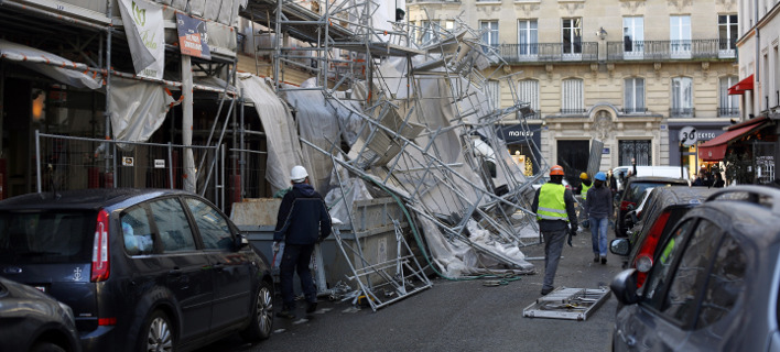 Η πυροσβεστική χρειάστηκε να επέμβει σχεδόν σε 3.500 περιπτώσεις, Φωτογραφίες: AP Images