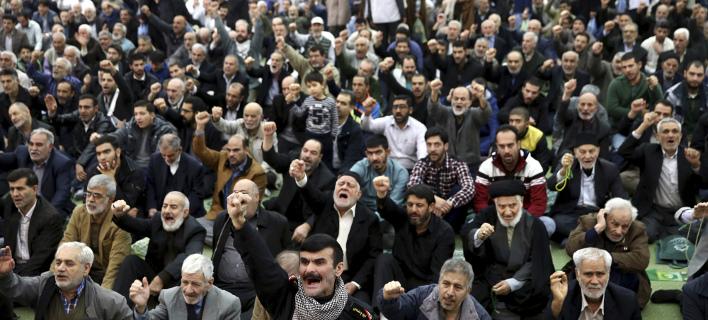 22 νεκροί, 1000 συλλήψεις, φωτογραφία: AP Images