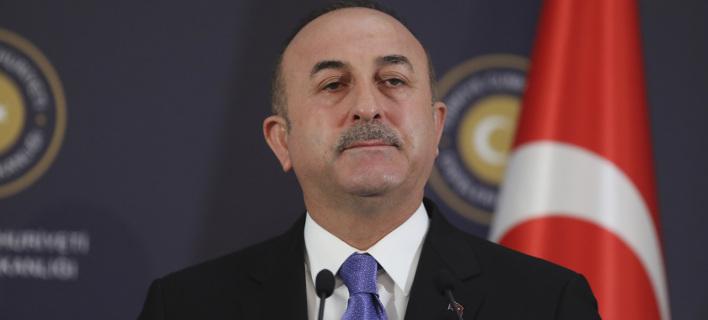 Τσαβούσογλου: «Προπαγάνδα» ότι η Τουρκία έκανε επίθεση με χημικά στη Συρία