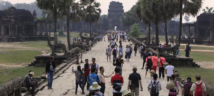 Το Angkor Wat προσελκύει εκατομμύρια επισκέπτες κάθε χρόνο