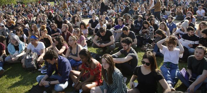 Συνδικαλιστές στηρίζουν τους φοιτητές, φωτογραφία: apimages