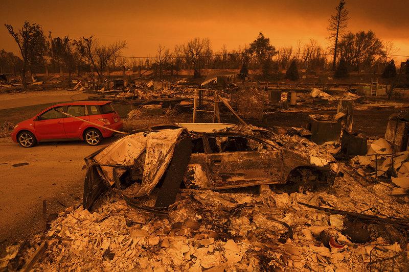 Η πυρκαγιά ελέγχεται σε ποσοστό μόλις 3%