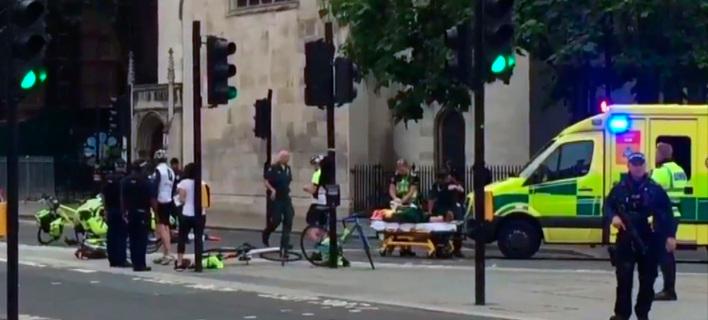 Βρετανός πολίτης με καταγωγή από ξένη χώρα ο οδηγός του οχήματος που παρέσυρε πεζούς στο Λονδίνο/ Φωτογραφία AP images