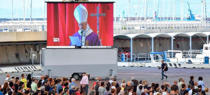 Καθολικός Αρχιεπίσκοπος Γένοβας/ Φωτογραφία AP images