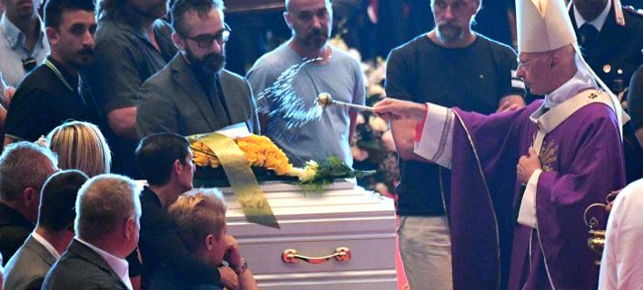 Κηδεία θυμάτων από την τραγωδία στη Γέφυρα της Γένοβας/ Φωτογραφία AP images