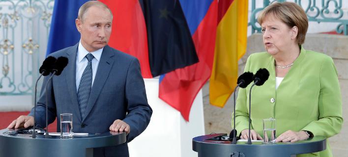 Συνάντηση Άνγκελας Μέρκελ με Βλαντιμίρ Πούτιν /Φωτογραφία AP images