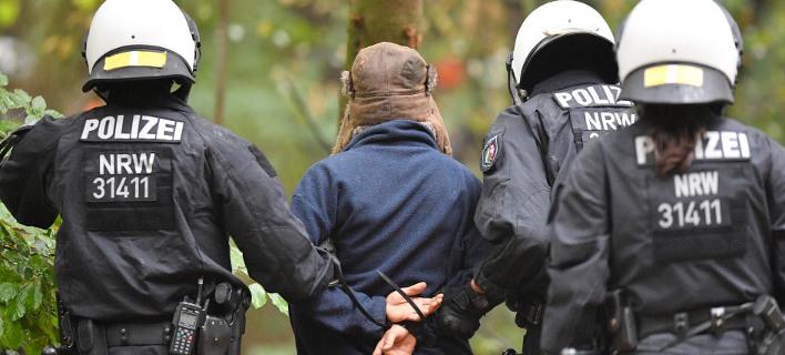 94χρονος κατηγορούμενος για συνέργεια σε εγκλήματα των Ναζί θα δικαστεί σε δικαστήριο ανηλίκων στην Γερμανία /Φωτογραφία AP images