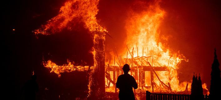 H φωτιά στην Καλιφόρνια/ φωτογραφία: ap