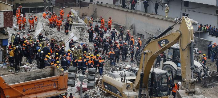 Τουρκία: Συνέλαβαν τους μηχανικούς της πολυκατοικίας που κατέρρευσε με τους 21 νεκρούς