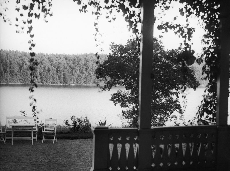 b02c0ff147 Η παραθαλάσσια κατοικία στο νησί της Σουηδίας σε έκταση 2