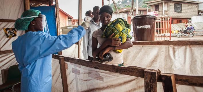 Ο Εμπολα «σαρώνει» το Κονγκό -23 οι θάνατοι, έστειλαν εμβόλια και 300 σακούλες για τις σορούς