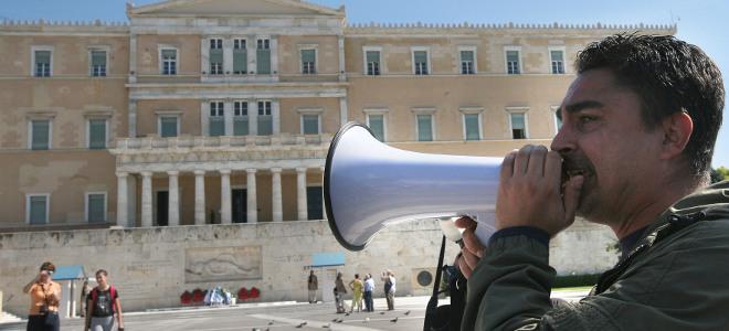Δήμαρχοι αντάρτες παραιτούνται και λένε όχι στην κυβέρνηση για τις απολύσεις στο