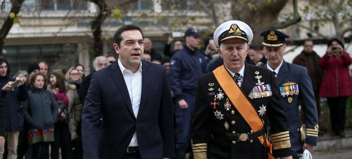 Ο νέος υπουργός Αμυνας, Ναύαρχος Ευάγγελος Αποστολάκης- φωτογραφία intimenews
