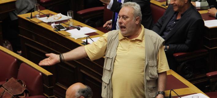 Ψαριανός κατά του Αθηναϊκού Πρακτορείου για τους μετακλητούς της Βουλής: Σοβαρό ζήτημα αξιοπιστίας και εγκυρότητας