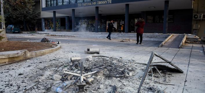 βανδαλισμοί στο ΑΠΘ/Φωτογραφία: IntimeNews