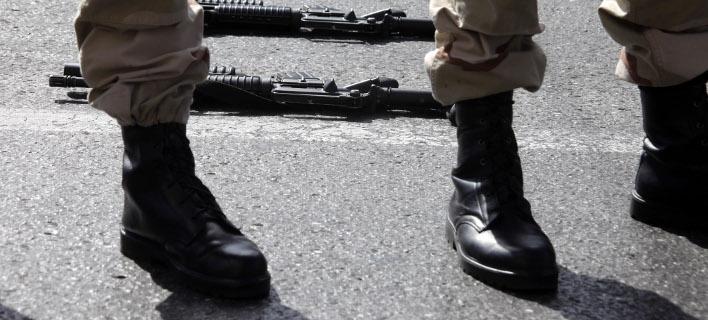 Σύγχυση με τη στράτευση στα 18 -Οι διευκρινίσεις Τζανακόπουλου