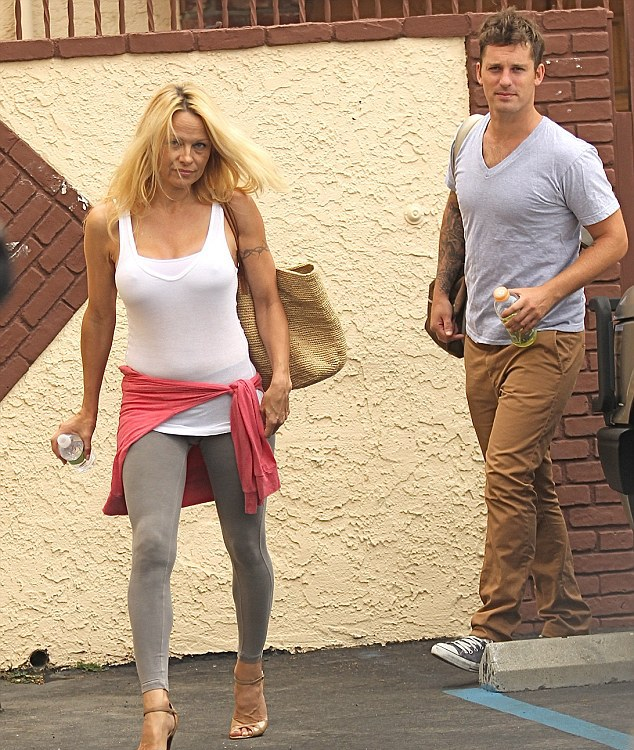 Πάμελα Άντερσον χωρίς μεικαπ-Pamela Anderson ...