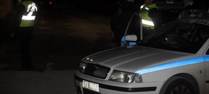 Αίγιο: Δεκαπεντάχρονος μαχαίρωσε αστυνομικό στη στήθος -Μετά από καταδίωξη
