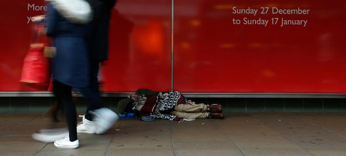 Αστεγος στους δρόμους του Λονδίνου /Φωτογραφία Αρχείου: ΑΡ