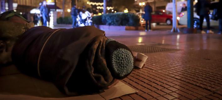 Ο δήμος Αθηναίων ανοίγει θερμαινόμενη αίθουσα για τους άστεγους/ Φωτογραφία: EUROKINISSI- ΓΙΩΡΓΟΣ ΚΟΝΤΑΡΙΝΗΣ
