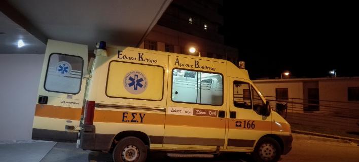 Ασθενοφόρο/Φωτογραφία: Eurokinissi/ΘΑΝΑΣΗΣ ΚΑΛΛΙΑΡΑΣ