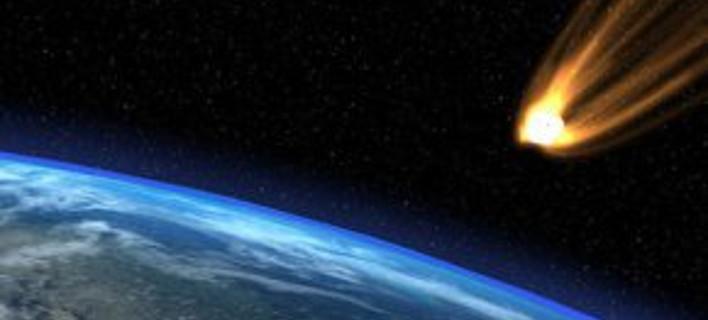 Διαστημικός βράχος εξερράγη πάνω από τον Ατλαντικό!