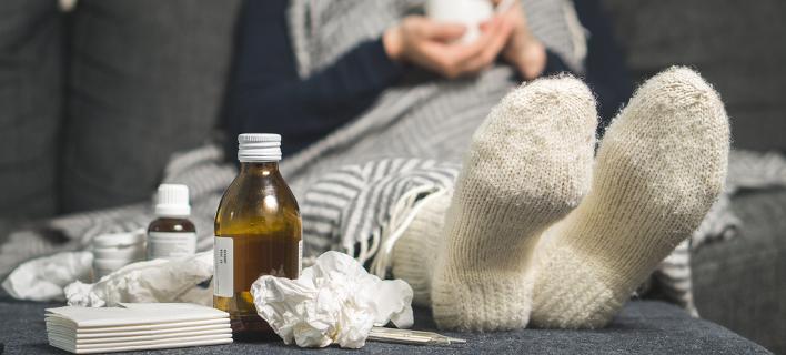 Αντιμετωπίζοντας την ασθένεια -Με σιρόπι και φάρμακα