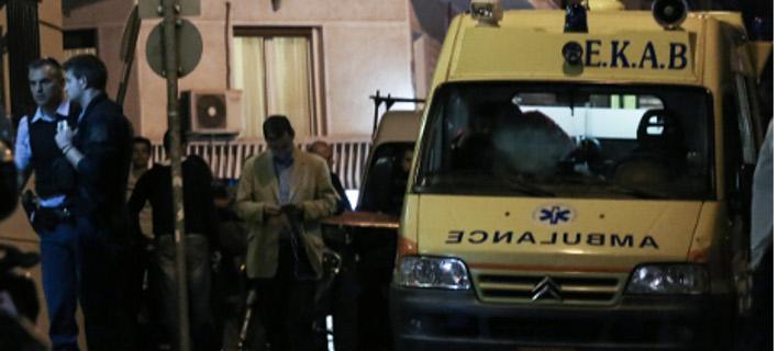 Διασωληνωμένο στη ΜΕΘ το 14 μηνών βρέφος που βρέθηκε μόνο του σε φλεγόμενο διαμέρισμα στην πλατεία Αττικής