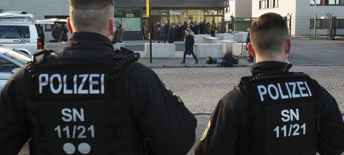 Γερμανία: Σχεδίαζαν ισλαμιστική τρομοκρατική επίθεση με όχημα και όπλα -10 συλλήψεις