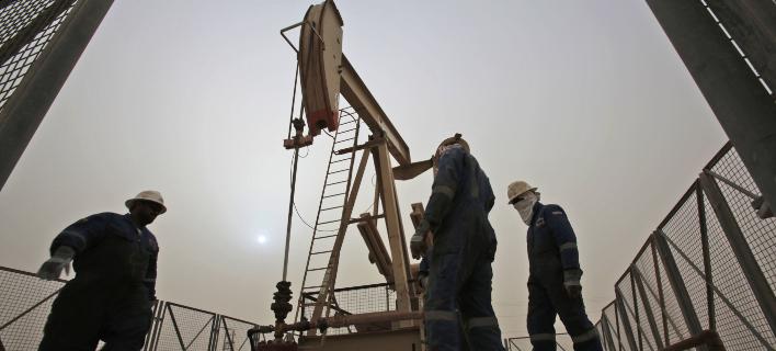 Αντλία πετρελαίου στο Κατάρ / Φωτογραφία: AP Photo/Hasan Jamali