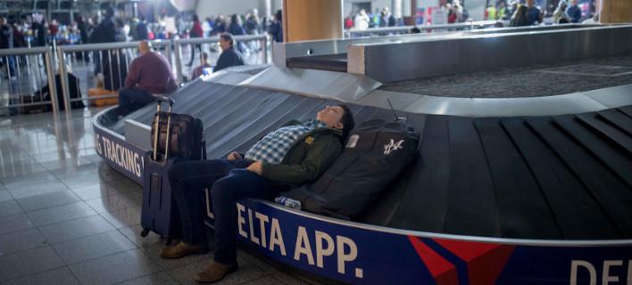 Απίστευτη η οδύσσεια χιλιάδων επιβατών στο αεροδρόμιο της Ατλάντα (Φωτογραφία: ΑΡ)