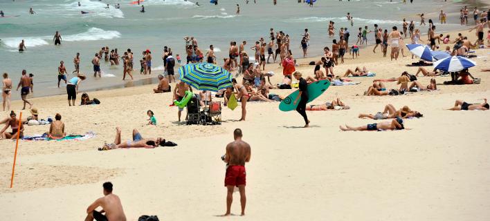 Κύμα καύσωνα πλήττει την Αυστραλία. Φωτογραφία: AP/ Joel Carrett