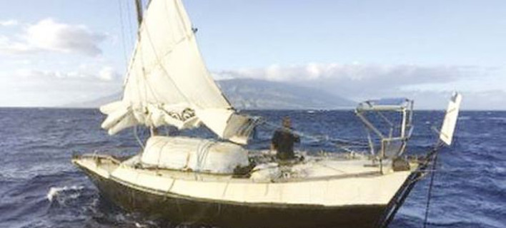 To σκάφος του 62χρονου βολόδερνε επί μέρες ακυβέρνητο (Φωτογραφία: cetusnews.com)